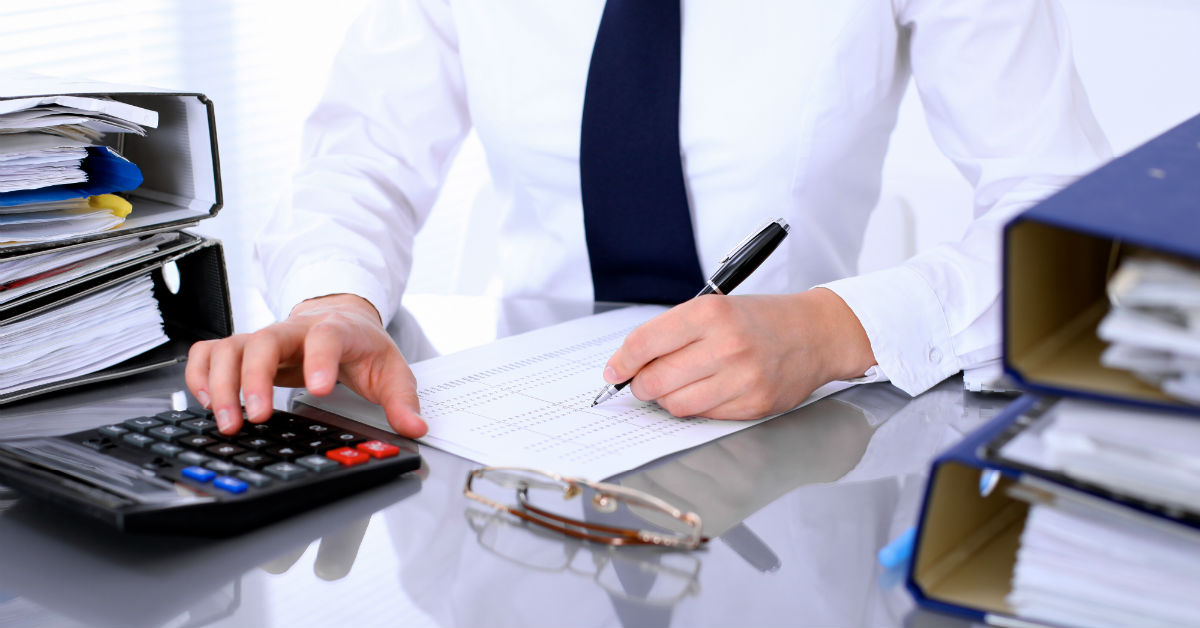 ​Pros And Cons Of Hiring Third-Party Bookkeepers